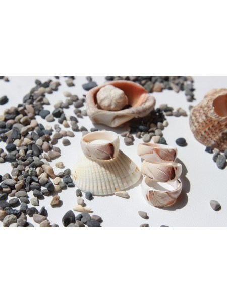 Кольцо из морской раковины (перламутр) (KGS0090)