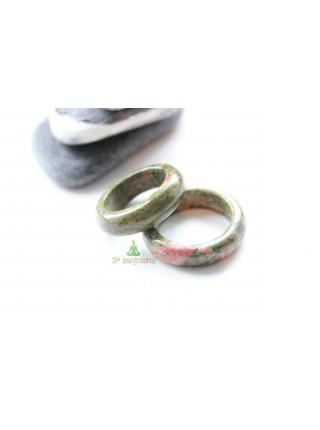 Кольцо из унакита (KL0087) 8-9 мм