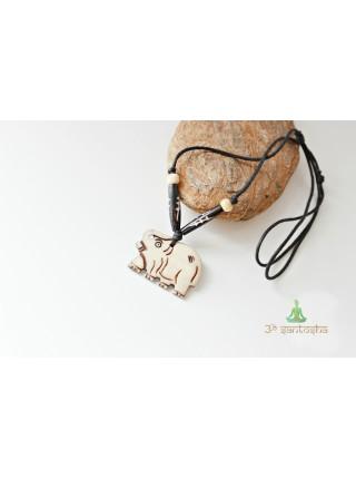 Кулон из кости буйвола (SH0074)