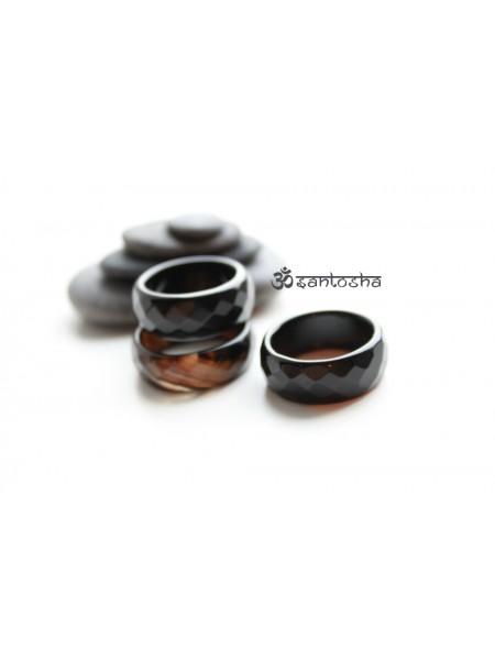 Кольцо из агата с огранкой (KL0001) 10-11 мм